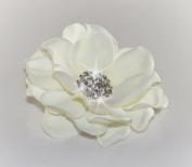 Light Cream / Off White Flower with Rhinestone Centrepiece Hair Clip