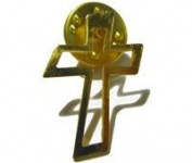Gold colour metal crucifix cross pin badge 2.5cm Catholic