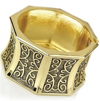 Filigree Design Gold Colour Hinge Bangle