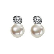 Sterling Silver Earrings Set With Cubic Zirconia And Freshwater Pearl.