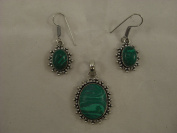 Goethnic Handmade Gemstone Pendant And Ear-Rings Green Gemstone With White Metal