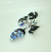 Jay Jewellery - Blue vine brooch with rhinestone crystals