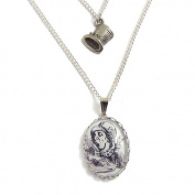 Alice in Wonderland - The Mad Hatters Top hat charm necklace