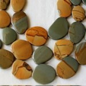 """Wild Horse Picture Jasper 16-3/4"""" Strand of 12x25 to 33x40mm Free Form, Graduated, and Knotted Slabs"""