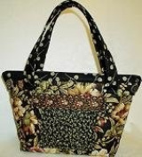 Towne Purse Pattern By Lazy Girl Designs