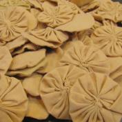 25 Solid Tea Dye Fabric Yoyo Flowers - 5.1cm wide