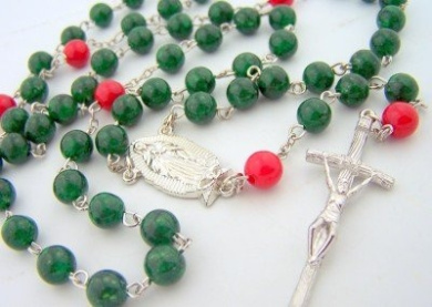 Our Lady of Guadalupe Canter Piece Emerald Red Glass Beads Crucifix Rosary