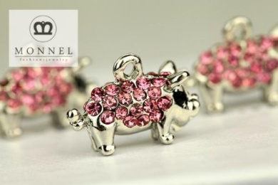 H498 Cute 3 pcs Hot Pink Crystal Pig Animal Charm Pendant