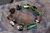 Christmas Green Lampwork Glass Bead Stretch Bracelet