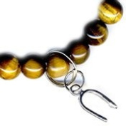 Tigers Eye / Horse Shoe - Protection Good Luck