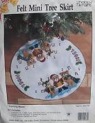 Carolling Bears Mini Tree Skirt Kit HOBBY KRAFT felt tree skirt kit #9233