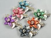 1pcs Randomly Send Many Styles Rhinestone Crystal Flower Brooch Pin Bouquet