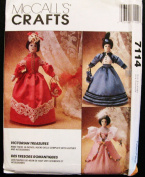 McCALL'S 7114 Victorian 41cm Dolls & Dresses Including Bride Dress & Accessories SEWING PATTERN