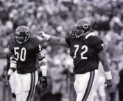 MIKE SINGLETARY & WILLIAM PERRY CHICAGO BEARS 8X10 SPORTS ACTION PHOTO