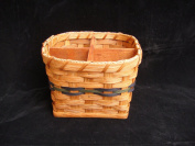 Amish Hand Made Silverware Basket. Square Bottom with a Round Top and Four Compartments. A Very Unique Design That Is Very Classy and Elegant. The Size of the Square Bottom Is 15cm By 15cm . A Slight Degree Cut Is Used to Make the Top About 18cm ..