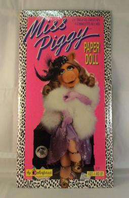 Miss Piggy Paper Doll