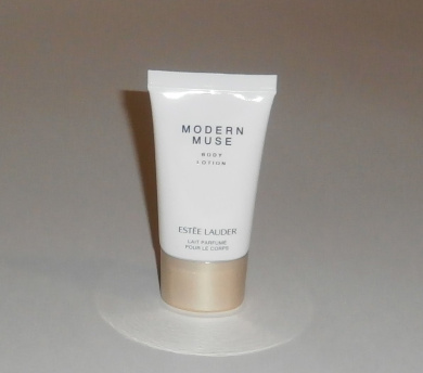 Estee Lauder Modern Muse Body Lotion Mini Size 30ml