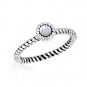 DaVinci Ribbed Clear Round Stone CZ Stackable Ring