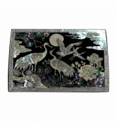 Small luxury jewellery box. Mother of pearl decorations, authentic Korean crafts, design crane, original gift for women