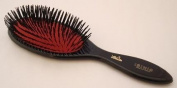 Isinis 133 hairbrush