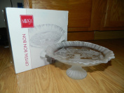 Mikasa 23cm Crystal Footed Bon Bon Treat Candy Dish Plate - Holiday Classics Embossed outdoor winter scene