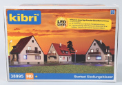 H0 Set of 3 houses and light kit