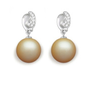 9 mm South Sea Cultured Pearl and 0.086 carat total weight diamond accent Earring in 14KT White Gold