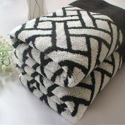 Ustide Black and White Plaids Towels Thicken Hand Towels Vintage Style Face Towel Cotton 46cm x 70cm