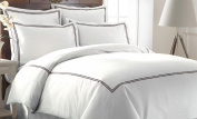 Pacific Coast Textiles 3-Piece 600 Thread Count Duvet Set with Double Marrowing, Queen, Chocolate
