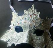 Domire Masquerade mask dress up