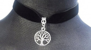 Classic Gothic Emo Plain Black Velvet 18mm Choker Necklace Chain With a 20mm Tibetan Silver Circular Tree of Life