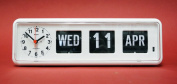 Desktop 'Perpetual Calendar' Clock - G236A