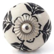 Knobbles and Bobbles Ltd White/Black Flower Fern Knob
