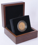 1911 Full Gold Sovereign - Luxury Walnut Presentation Case with Air Tight Coin Capsule