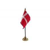 Pack Of 3 Denmark Danish Desktop Table Centrepiece Flag Flags With Gold Bases Ideal For Party Conferences Office Display