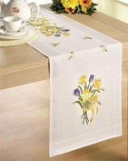 Daffodil Bunch 40 x 100cm Embroidery Table Runner Kit