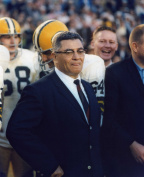 VINCE LOMBARDI GREEN BAY PACKERS 8X10 HIGH GLOSSY SPORTS ACTION PHOTO