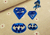 New Hot Food Grade Plastic 4pcs Batman V Superman Mini Cookie Cutters Family Baking Design Cartoon Biscuit Cutter
