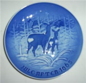 """1965 Bing and Grondahl Christmas Plate -- """"Bringing in the Tree"""""""