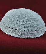 Kippah A white knitted cap 18 cm - white only