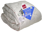 Duvet with Abeil treatment against mites and bacteria, Polyester, White, white, 200 x 200 cm