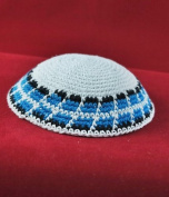 Kippah A white knitted cap 16 cm