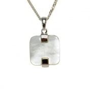 Fashion Modern Jewelery set including the necklace and matching earrings, White Mother of Pearl