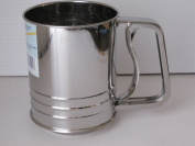 3 Cup Capacity Stainless Steel Flour Sifter Squeeze Handle