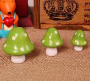 Set of 3 Green Wooden Crafts Lovely Small Mushroom Garden Fence Door Wall Fridge Magnet Room Wall Decoration