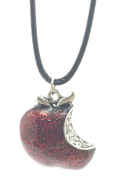 REGINA MILLS Inspired POISONED APPLE - Once Upon A Time NECKLACE PENDANT - UK STOCK