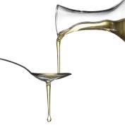 Molivera Organics Castor Oil 470ml Premium Cold Pressed 100% Pure Castor Oil, Best Moisturiser for Skin & Hair, Eyelashes and Hair Growth, Triple Filtered, Great for Acne, UV Resistant BPA Free Bottle