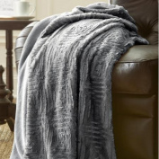 Amrapur Overseas Inc. Luxury Throw Blanket