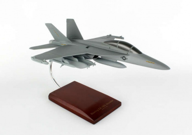 Executive Series Display Models B16048 EA-18 USAF Growler 1-48