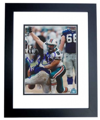 Trace Armstrong Autographed Miami Dolphins 8x10 Photo
